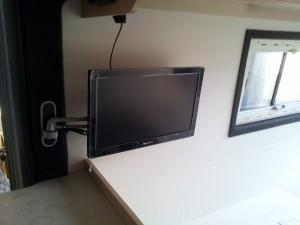 12V tv camper