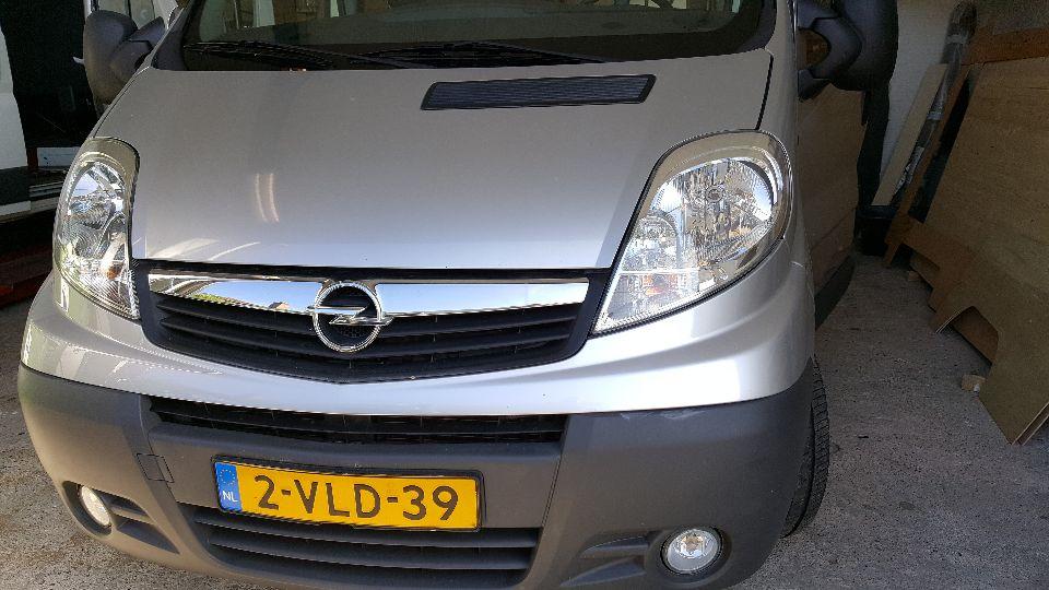 Opel Vivaro met hefdak