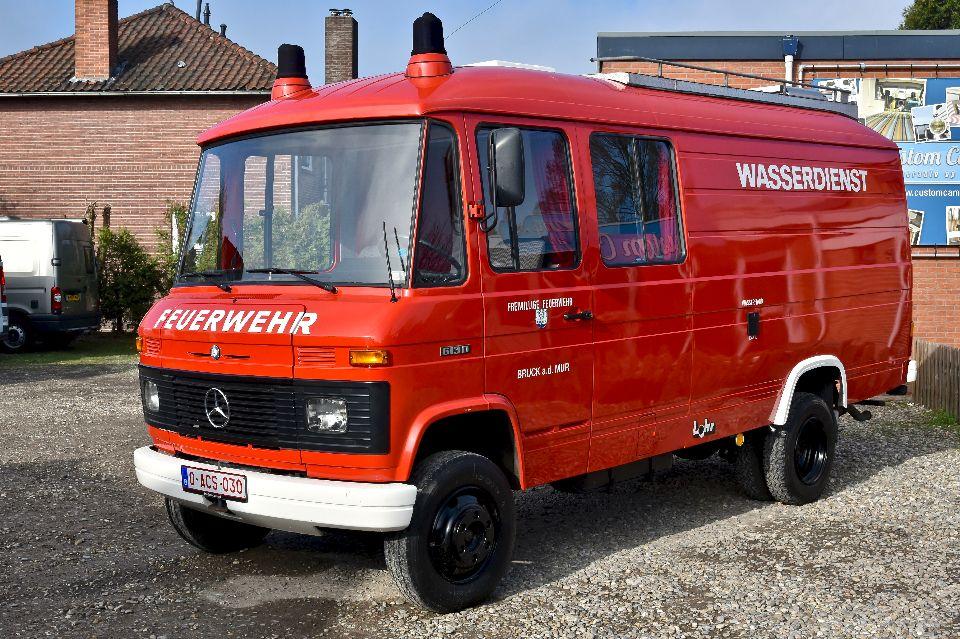 Mercedes 613 camper