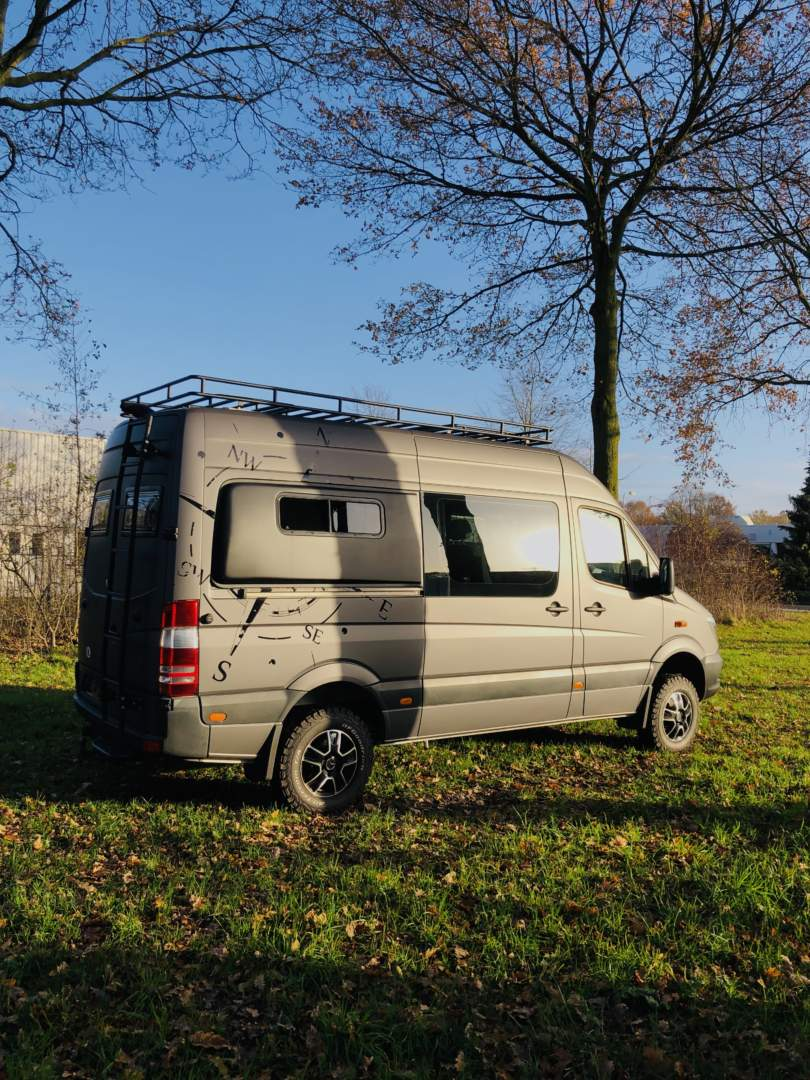Mercedes Sprinter 4x4 Camper Customcamp