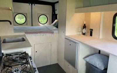 Camper en werkruimte voor twee